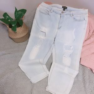 Forever 21 + Distressed Skinny Jeans Light Washed